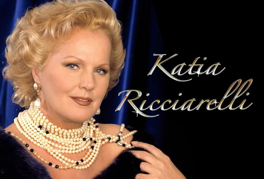 Katia Ricciarelli mini